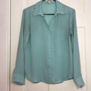 💕Forever 21 Studded Long Sleeve shirt